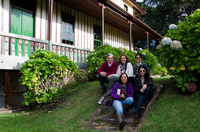 Grupo no local da atividade prática, Grande Hotel Canela